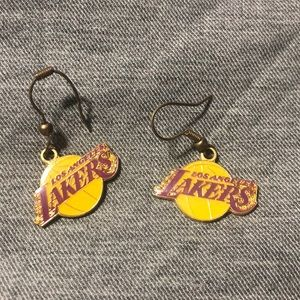 Lakers earnings